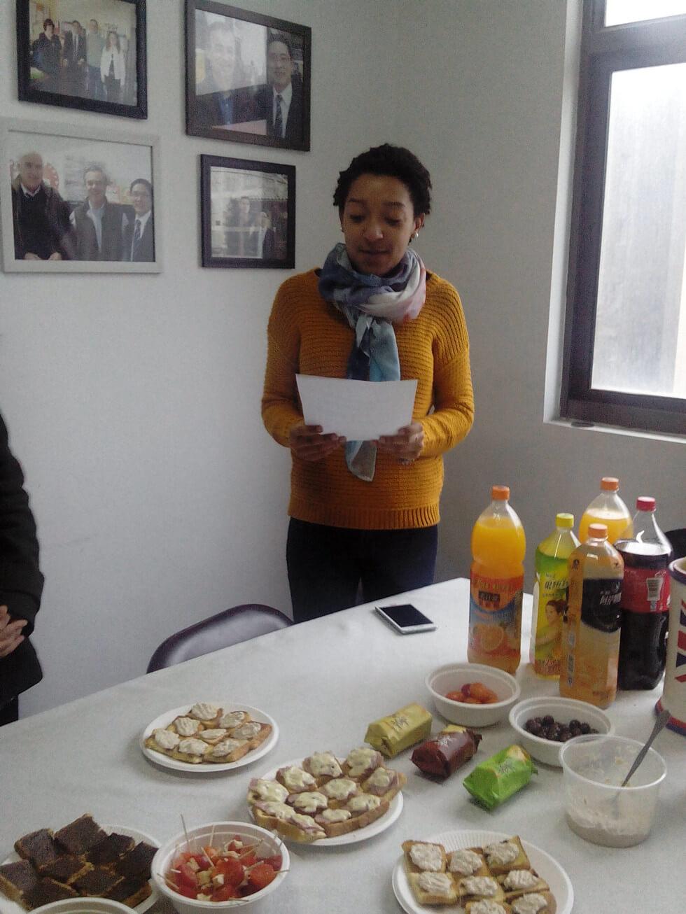 Sunchine Held a Tea Party (4)